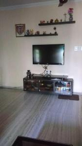 Gallery Cover Image of 940 Sq.ft 2 BHK Apartment for buy in Thane West for 13500000