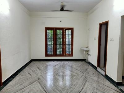 Gallery Cover Image of 1200 Sq.ft 2 BHK Apartment for rent in Virugambakkam for 23000