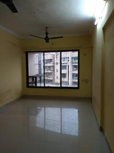 Gallery Cover Image of 701 Sq.ft 1 BHK Apartment for rent in Malad West for 23500