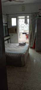 Gallery Cover Image of 600 Sq.ft 1 BHK Apartment for buy in Ramdev Park, Borivali West for 11100000