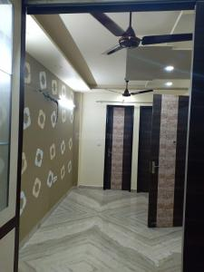Gallery Cover Image of 850 Sq.ft 2 BHK Independent Floor for rent in Shalimar Bagh for 27000