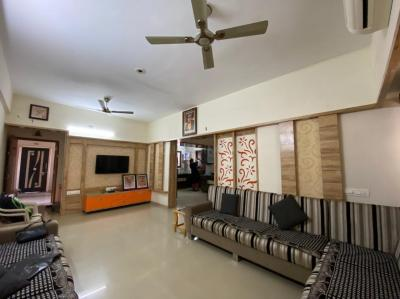 Gallery Cover Image of 2178 Sq.ft 3 BHK Apartment for buy in Sudarshan Elegance, Science City for 15000000