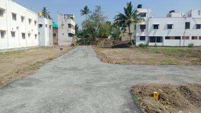 Gallery Cover Image of 900 Sq.ft 1 BHK Independent House for buy in Kovur for 4000000