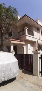 Gallery Cover Image of 2700 Sq.ft 3 BHK Independent House for buy in Thaltej for 19000000
