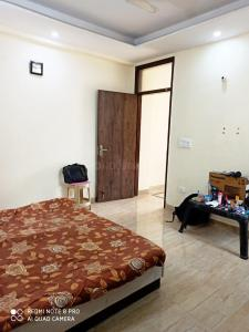 Gallery Cover Image of 900 Sq.ft 1 BHK Independent Floor for rent in Chhattarpur for 11000