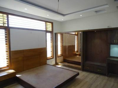 Gallery Cover Image of 1600 Sq.ft 3 BHK Apartment for rent in Annapurneshwari Nagar for 22000
