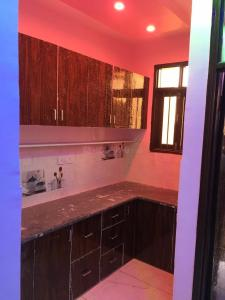 Gallery Cover Image of 600 Sq.ft 2 BHK Independent Floor for rent in Dwarka Mor for 8000