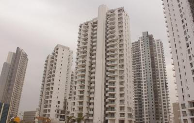 Gallery Cover Image of 2356 Sq.ft 3 BHK Apartment for rent in Sector 67 for 45000