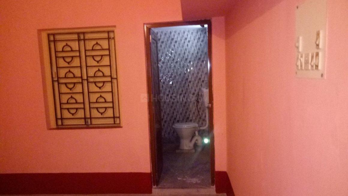 Bedroom Image of 1200 Sq.ft 3 BHK Independent Floor for rent in Thakurpukur for 10000