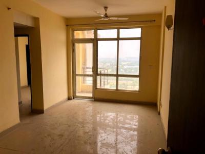 Gallery Cover Image of 1800 Sq.ft 3 BHK Apartment for rent in Avj Heightss, Zeta I Greater Noida for 9000