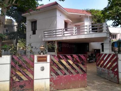 Gallery Cover Image of 6000 Sq.ft 4 BHK Independent House for buy in Palavakkam for 65000000