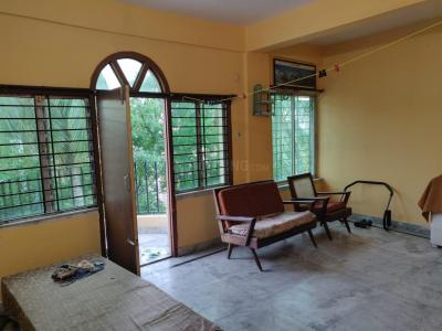 Gallery Cover Image of 1150 Sq.ft 3 BHK Apartment for rent in South Dum Dum for 13000