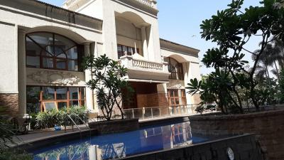 Gallery Cover Image of 947 Sq.ft 2 BHK Apartment for buy in Tharwani Realty Riverdale Vista, Kalyan West for 6700000