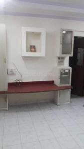 Gallery Cover Image of 700 Sq.ft 2 BHK Apartment for rent in Thane West for 22000