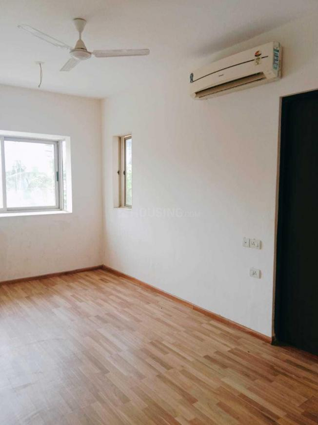 Living Room Image of 700 Sq.ft 2 BHK Apartment for rent in Dahisar East for 28000