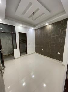 Gallery Cover Image of 800 Sq.ft 2 BHK Apartment for buy in Redsquare Homes, Sector 105 for 2200060