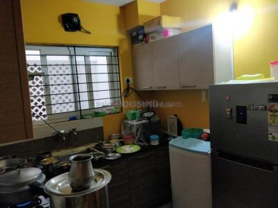 Gallery Cover Image of 909 Sq.ft 2 BHK Apartment for rent in Velachery for 20000