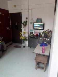 Gallery Cover Image of 430 Sq.ft 1 BHK Apartment for rent in Woodland Complex, Mira Road East for 11000