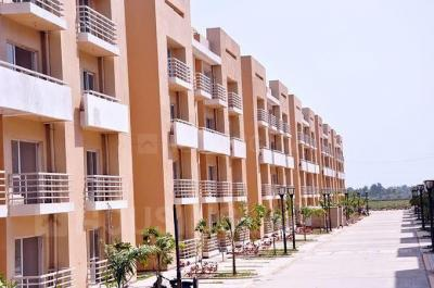 Gallery Cover Image of 1045 Sq.ft 2 BHK Apartment for buy in Sector 76 for 3000000