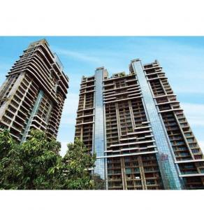 Gallery Cover Image of 2700 Sq.ft 4 BHK Apartment for rent in Prabhadevi for 250000