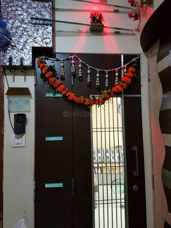 Main Entrance Image of 550 Sq.ft 1 BHK Apartment for rent in Vikhroli East for 30000