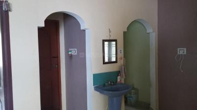 Gallery Cover Image of 700 Sq.ft 1 BHK Apartment for rent in Medavakkam for 8000