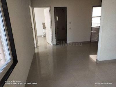 Gallery Cover Image of 650 Sq.ft 2 BHK Apartment for rent in Shapoorji Pallonji Sarova, Kandivali East for 22000