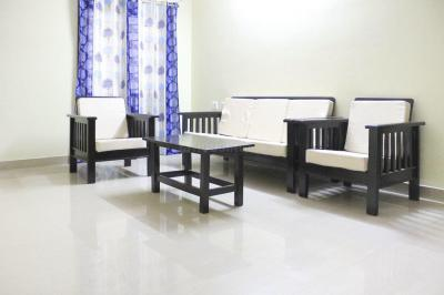 Gallery Cover Image of 1300 Sq.ft 3 BHK Apartment for rent in Manikonda for 31000
