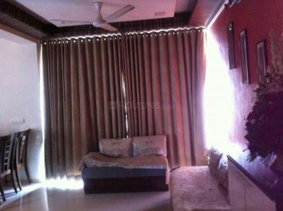 Gallery Cover Image of 1440 Sq.ft 3 BHK Apartment for rent in Thaltej for 31000