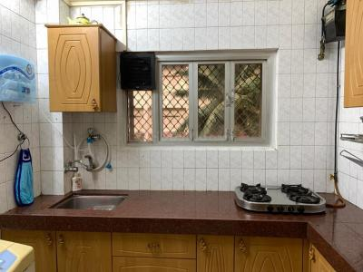 Gallery Cover Image of 606 Sq.ft 1 BHK Apartment for rent in Andheri West for 43000