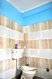 Bathroom Image of Elite Stay PG in Sector 66