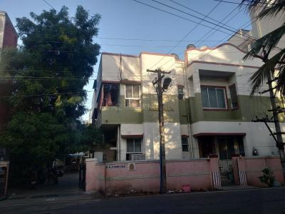 Gallery Cover Image of 900 Sq.ft 2 BHK Apartment for rent in Chromepet for 10500