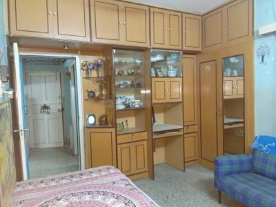 Gallery Cover Image of 750 Sq.ft 2 BHK Apartment for rent in Lake Town for 17000