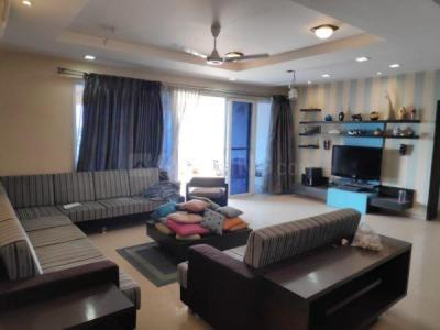 Gallery Cover Image of 2400 Sq.ft 4 BHK Apartment for rent in Darode Blossom Bouleward, Koregaon Park for 120000