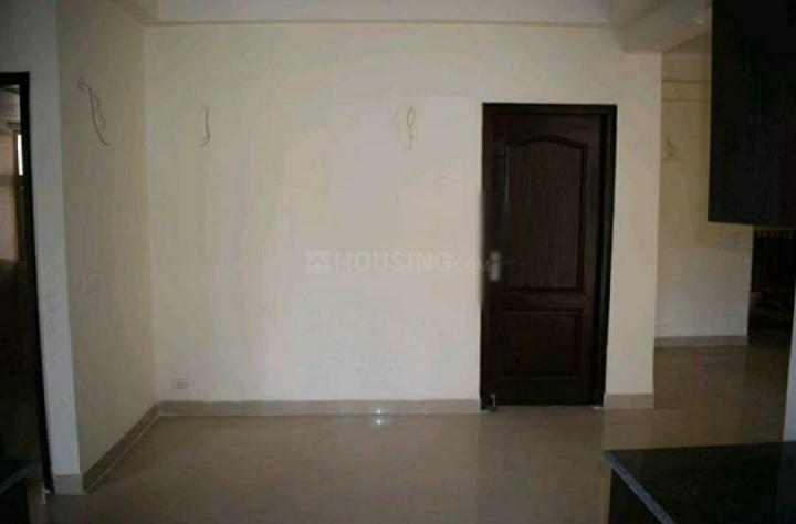 Living Room Image of 1315 Sq.ft 3 BHK Apartment for buy in Amrapali Princely Estate, Sector 76 for 6800000