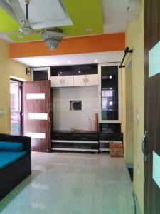 Gallery Cover Image of 2000 Sq.ft 4 BHK Apartment for rent in Brindavan Garden Apartments, Sector 12 Dwarka for 36000