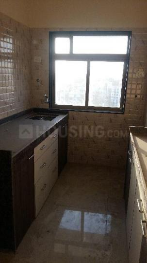 Kitchen Image of 645 Sq.ft 1 BHK Apartment for rent in Dahisar West for 22000
