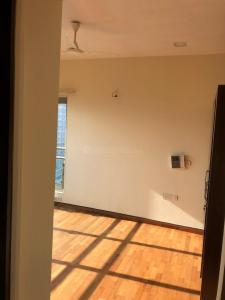 Gallery Cover Image of 1558 Sq.ft 3 BHK Apartment for rent in Prabhadevi for 150000