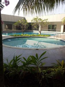 Gallery Cover Image of 1450 Sq.ft 2 BHK Apartment for buy in Belapur CBD for 26000000