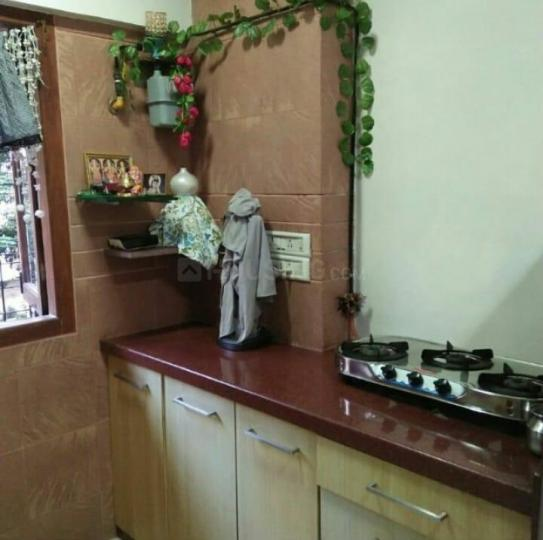 Kitchen Image of 600 Sq.ft 1 BHK Apartment for rent in Vile Parle West for 45000