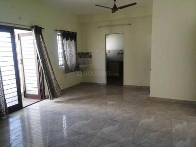 Gallery Cover Image of 2000 Sq.ft 3 BHK Apartment for rent in Mylapore for 45000