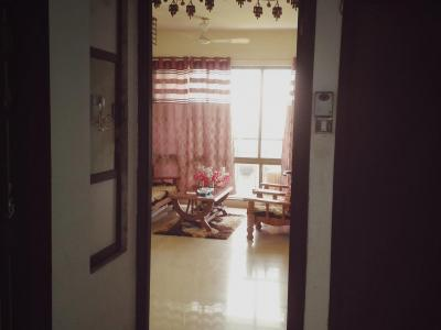 Gallery Cover Image of 750 Sq.ft 1 BHK Apartment for rent in Bharat Shivsai Paradise, Thane West for 19000