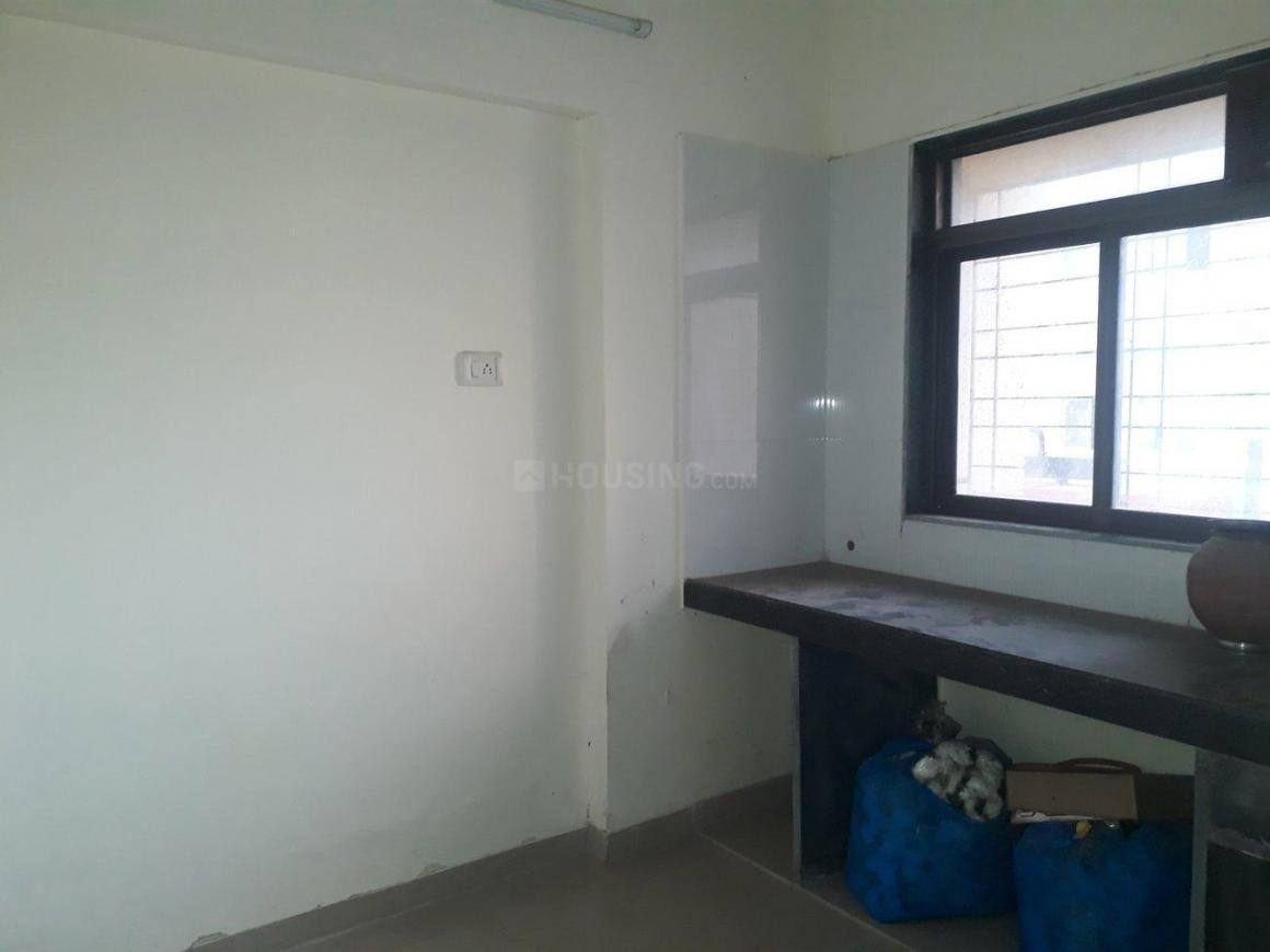 Kitchen Image of 600 Sq.ft 1 BHK Apartment for rent in Mulund East for 20000