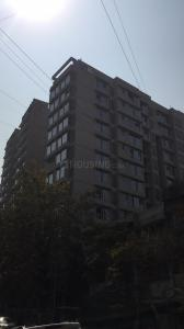 Gallery Cover Image of 990 Sq.ft 2 BHK Apartment for buy in Khar West for 50000000