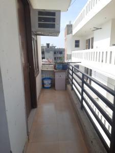 Balcony Image of Sathwik Girls PG in Ashoka Enclave