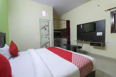 Gallery Cover Image of 350 Sq.ft 1 RK Independent Floor for rent in Sector 102 for 8000