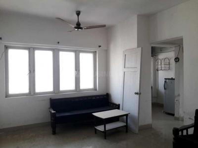 Gallery Cover Image of 937 Sq.ft 3 BHK Apartment for rent in Goregaon East for 32000