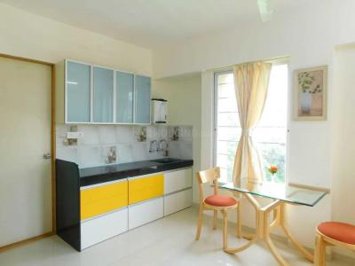 Gallery Cover Image of 1000 Sq.ft 2 BHK Apartment for rent in Katraj for 15000