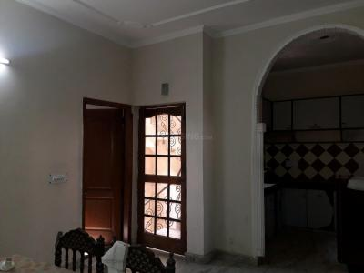 Gallery Cover Image of 1250 Sq.ft 3 BHK Independent Floor for rent in Sector 14 for 28000