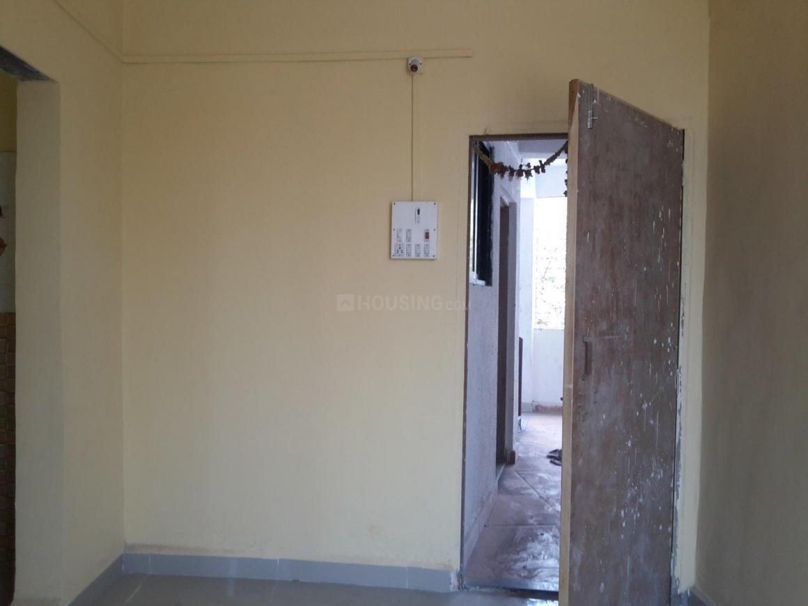 Living Room Image of 450 Sq.ft 1 BHK Apartment for rent in Kopar Khairane for 8000